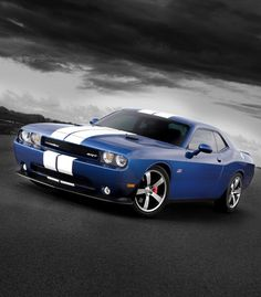 King of the #Musclecars!? Dodge Challenger SRT8 is a slice of real #americanmuscle. Buy it today! It's the perfect gift for your hubby.  www.ebay.com/itm/D8375-Dodge-Challenger-SRT8-Stripes-Muscle-Car-32x24-Print-POSTER-/221145501312?pt=Art_Posters&hash=item337d4c8e80?roken2=ta.p3hwzkq71.bdream-cars