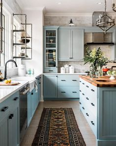 Pictures of the HGTV Smart Home 2018 Kitchen Blue kitchen cabinets + vintage rug + butcher block island countertop + farmhouse sink + industrial open shelving + industrial pendent lights Kitchen Interior, Home Decor Kitchen, Outdoor Kitchen Appliances, Kitchen Remodel, Kitchen Decor, New Kitchen, Home Kitchens, Kitchen Renovation, Kitchen Design