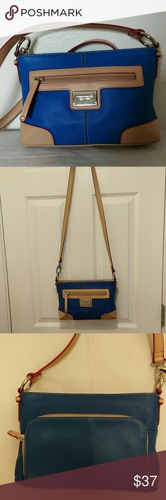 """NWOT Tignanello cross body bag, blue,tan ,red colo Gorgeous  , excellent condition,mane compartment has  1 zip pocket ,2 pouches,One zipper pocket on front and organizing zipper pocket on back,mesurment 11""""X 7"""" X2"""" Tignanello Bags Crossbody Bags"""