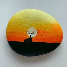 Rock Art / Pebble Painting / Rock Painting Great art by ID: 1159505892 (Döuyin App) Pebble Painting, Pebble Art, Stone Painting, Trippy Painting, Painting Abstract, Rock Painting Patterns, Rock Painting Designs, Acrylic Art, Art Techniques