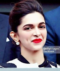 Deepika Padukone Deepika Pic, Deepika Ranveer, Deepika Padukone Style, Deepika Padukone Hairstyles, Indian Celebrities, Bollywood Celebrities, Bollywood Actress, Indian Film Actress, Indian Actresses