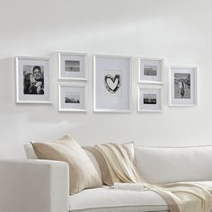 Gallery Wall Layout, Gallery Wall Frames, Frames On Wall, Photo Wall Layout, Wall Frame Set, Picture Frame Layout, Picture Collages, Picture Wall Living Room, Living Room Pictures