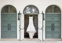 Wedding at La Canada Thursday Club in La Canada Flintridge with nature, wood and handmade details