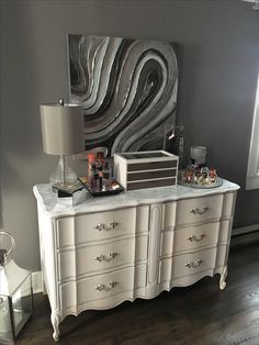 Hutch Painted With Rustoleum Chalk Paint In Cream Chiffon And Pebble Hardware Spray Painted