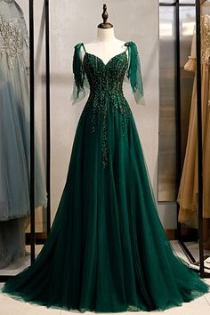 Ball Gowns Evening, Ball Gowns Prom, Ball Gown Dresses, Formal Evening Dresses, Evening Party, Elegant Formal Dresses, Dress Robes, Dress Shirt, Dark Green Prom Dresses