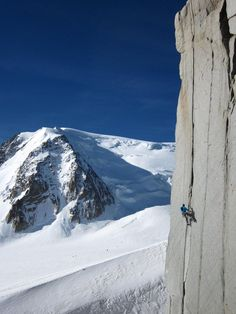 Mont Blanc du Tacul, Robert Taylor, Climbing in the Alps Ice Climbing, Mountain Climbing, Chamonix Mont Blanc, Rappelling, Photos Voyages, France, Mountaineering, Extreme Sports, Climbers