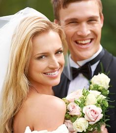 Dillard's Wedding Registry -        A Dillard's wedding registry is a popular choice for many engaged couples because it is easy, convenient, and fun. The Dillard's franchise offers everything a couple could need in terms of home decor, kitchen accessories and all the essentials to turn a house into a home. But...