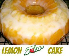 Lemon 7 up cake Lemon Desserts, Lemon Recipes, Just Desserts, Delicious Desserts, Dessert Recipes, Yummy Food, Lemon 7 Up Cake Recipe, 7up Cake Recipe, Lemon Cakes