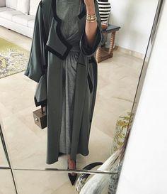 IG: Slouchyz | Abaya | Grey