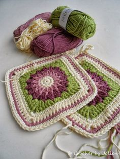 Transcendent Crochet a Solid Granny Square Ideas. Inconceivable Crochet a Solid Granny Square Ideas. Crochet Square Patterns, Crochet Motifs, Crochet Blocks, Crochet Squares, Crochet Granny, Granny Squares, Love Crochet, Beautiful Crochet, Crochet Flowers