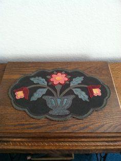 Flower penny rug - Karyn lord pattern