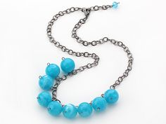 Turquoise Neckalce Simple Design 18mm Round Blue Turquoise Color Acrylic Beads Necklace with Black Metal Chain