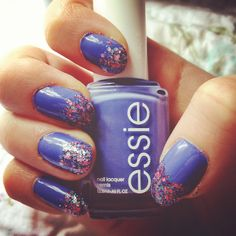 Yay #freshpaint essie boxer shorts with glitzology bun In the oven glitter :) #nails