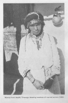 Head dress of married women, Timarzga (1955)