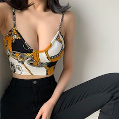 Printed colorblocked deep V-neck sexy inner bottoming short camisole · FE CLOTHING · Online Store Powered by Storenvy Crop Top Outfits, Sexy Outfits, Girl Outfits, Cute Outfits, Fashion Outfits, Asian Fashion, Look Fashion, Girl Fashion, Womens Fashion