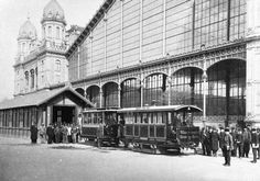 The West Railway Station, Budapest Hungary Most Beautiful Cities, Beautiful Buildings, Old Pictures, Old Photos, Hungary History, Hungary Food, Gustave Eiffel, Budapest Hungary, Zeppelin