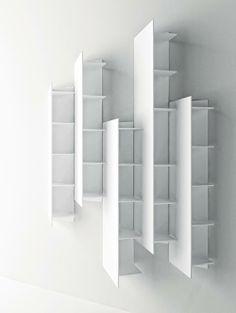 Boffi Cabinets 意大利櫥櫃  具有現代感的櫥櫃設計,巧妙利用空間,還可最大限度地依照需要自由組合,充份發揮主人的生活創意,打造出最理想的廚房空間。由丙烯材料製作,防水、易清洗,同樣也可以放置在浴室。還可以選擇鏡面材質。