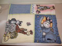 "X-LARGE Zoo Fleece Baby/ Dog/ Cat/ Guinea Pig Lap Pad Bed Rabbit 24"" x 19''"