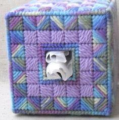 Plastic Canvas Stitches, Plastic Canvas Tissue Boxes, Plastic Canvas Crafts, Plastic Canvas Patterns, Tissue Box Covers, Covered Boxes, Stitch Design, Yarn Colors, A Boutique