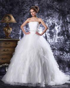 Strapless Floor Length Beading Pleated Tulle Ball Gown Wedding Dress (=)