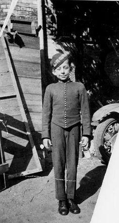 Picture of / about 'Brisbane' Queensland - Vince Plover, working as a bell boy at Lennon's Hotel, Brisbane, ca. Lobby Boy, Cigarette Girl, 1890s Fashion, Brisbane Queensland, Boys Uniforms, Port Arthur, History Teachers, Page Boy, Men Sweater