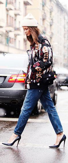 Street Style - Jeans - Escarpins - Veste - Bonnet - Flocons