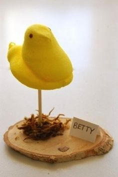 PEEP PLACE CARDS | 35 Cute And Clever Ideas For Place Cards