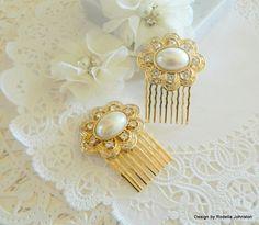 Wedding Bridal-Comb-Set-Heirloom-Keepsake by findsintheattic   https://www.etsy.com/listing/199438941/wedding-bridal-comb-set-heirloom?ref=shop_home_active_18