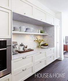 Kitchen open shelving spacing kitchen with open shelves 1 of spacing between open kitchen shelves home interior decorating design ideas Kitchen Shelf Design, Kitchen Wall Storage, Kitchen Shelves, Kitchen Decor, Open Shelves, Kitchen Ideas, Kitchen Pantry, Storage Shelves, Floating Shelves In Kitchen