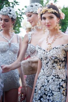 Dolce & Gabbana Alta Moda Fall 2015 l #fashion #details #mfw