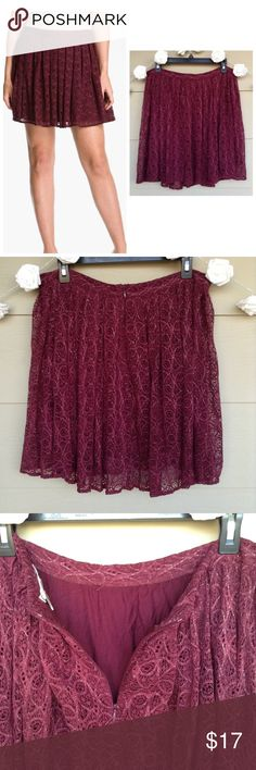❗️SALE❗️Willow & Clay • Maroon Gold Lace Skirt Willow & Clay • Maroon Gold Sparkle Lace Skirt  —Size = 12 —In Excellent Used Condition(EUC!) —This lace skirt is a great fall piece. Maroon/burgundy color with gold sparkle throughout. Lace with lining underneath. Zipper on back  —90% Nylon / 10% Lurex    ?? Questions?? — Please ask! :) Willow & Clay Skirts