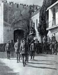 Lt General Allenby enters Jerusalem on foot.(to acknowledge the holiness of Jeruselum ) Australian War Museum Palestine History, Israel Palestine, Jewish History, Lawrence Of Arabia, Lieutenant General, Vintage Dance, Sherlolly, Israel Travel, Historical Images