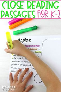 Teach your primary students how to annotate a text with these close reading passages. They will love this color-coded method and you will, too! #closereadingpassages #detailsontheside #primaryreading