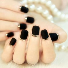 French unghie finte bride short fake full cover press on false nails decorated 24 pcs/set unhas faux ongles acrylic tips (Mainland)) Black Gold Nails, Gold Nail Art, Black Nail Art, Black Silver, Black Polish, Black French Manicure, Metallic Gold, Silver Metal, Black Shellac Nails