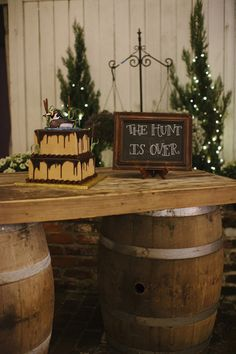 hunting groom's cake | Leslie Hollingsworth