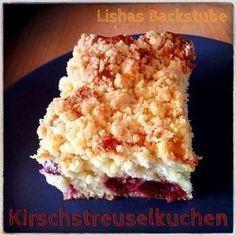 Kirschstreuselkuchen, lecker und super einfach und schnell zubereitet. Das Rezept findet ihr in meinem Blog: https://lishasbackstube.wordpress.com/2014/08/02/kirschstreuselkuchen/ #Kirschstreuselkuchen #Kirschkuchen #Streuselkuchen #Kuchen #backen #LishasBackstube