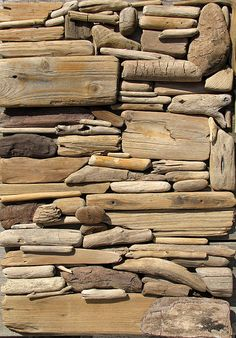 Brilliant assemblage of driftwood found on Dutch beaches by a guy named Hans Peter Roersma. Would make an excellent decorative product. Driftwood Projects, Driftwood Art, Sticks And Stones, All Nature, Assemblage Art, Land Art, Earth Tones, Textures Patterns, Strand