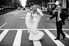classic shot of bride and groom crossing the street in New York #NYC