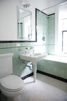 Brand New Colorful Bathrooms That Look Vintage or Retro Apartment Therapy Mint Green Bathrooms, Black Tile Bathrooms, Modern Small Bathrooms, Vintage Bathrooms, Beautiful Bathrooms, 1930s Bathroom, Mint Bathroom, Bathroom Modern, Chevron Bathroom