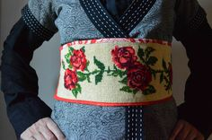 Wrapped in red roses, Paapje silk screen cotton, obi belt, embroidery, roses, reds, reversible, fabric straps by LUREaLURE on Etsy https://www.etsy.com/listing/171039096/wrapped-in-red-roses-paapje-silk-screen