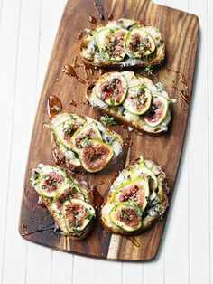YUM: fig and gorgonzola tartines