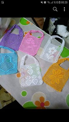 Kitchen Decor - Home creative ideas Crochet Baby Bibs, Newborn Crochet Patterns, Crotchet Patterns, Crochet Potholders, Crochet Tote, Filet Crochet, Art Au Crochet, Crochet Bookmark Pattern, Crochet Bookmarks