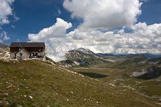 #GranSasso #Abruzzo #Italy #Landscape #Mountain #Campo #Imperatore #Trekking #Rifugio