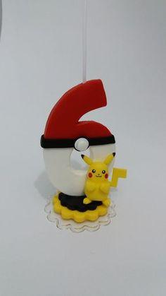 Vela tema Pokémon. Confeccionada em biscuit Faço qualquer tema e idade. Consulte disponibilidade de entrega. O valor do anúncio é referente ao numeral de 1 a 9.