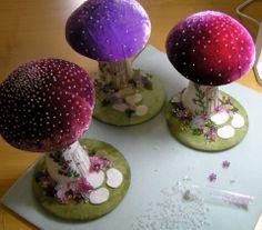 Very pretty mushroom/toadstool pincushions