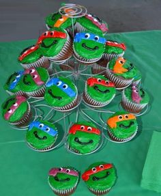 Green Cupcakes, Kid Cupcakes, Desserts, Kids, Food, Tailgate Desserts, Young Children, Deserts, Boys