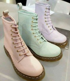 @Aileen Rostran I love these pastel boots! They make me think of something you'd wear. :)