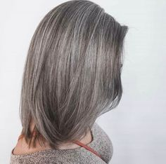 A dash of salt and pepper please ✨ Have you been trying to let your grey grow out and embrace your natural color? Well, we have a solution for you! @mikalahdivinehairdesign created this masterpiece in 2 sessions 👩🏼‍🎨 and you would never be able to guess that her ends aren't naturally grey! Amazing, right? #124FAM Grow Out, Mermaid Hair, Salt And Pepper, New Trends, Short Hair Styles, Natural, Grey, Amazing, Beauty