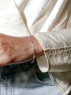 Toni Bracelet in Sterling Silver Anklet Bracelet, Anklets, Bracelets For Men, Bangle Bracelets, Pearl Gemstone, Ring Earrings, Sterling Silver Bracelets, Wolf, Lobster Clasp