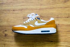 a3e5a9a0f65 Check out this pickup video of the Nike Air Max 1 Curry. Find out where